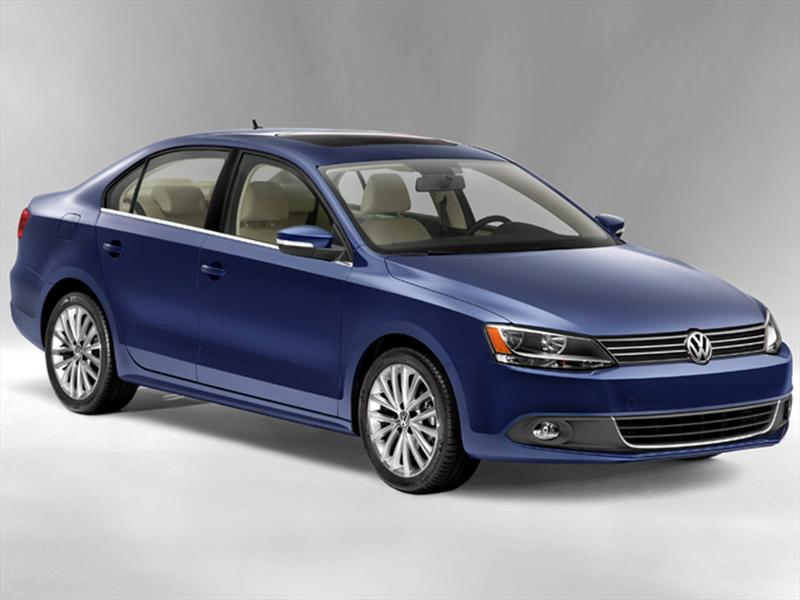Volkswagen Jetta Sport (2013)