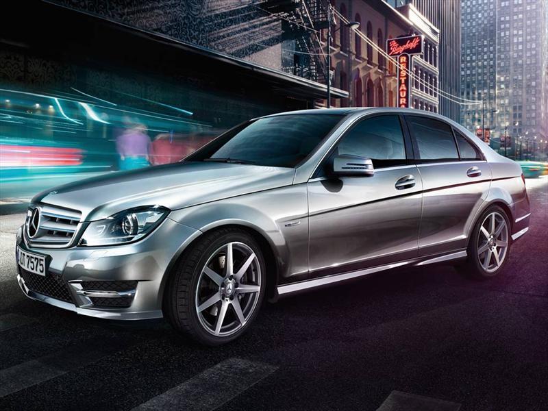 Mercedes Benz Clase C 200 CGI Sport Aut (
