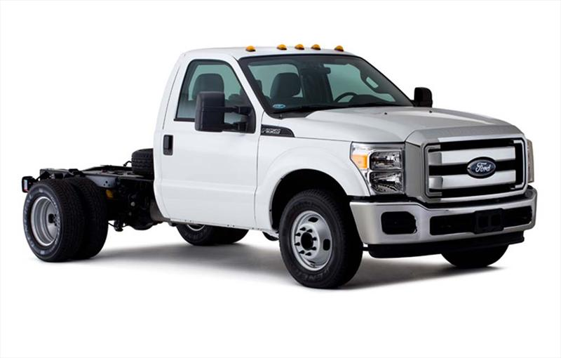 Ford F-350 KTP XL 6.2L (2013)