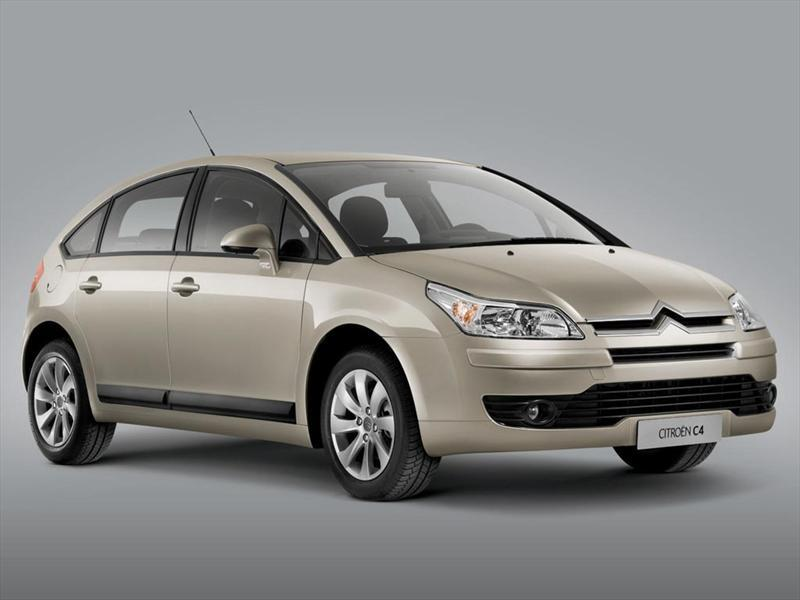 Citroën C4 Hatchback 1.6 X (2013)