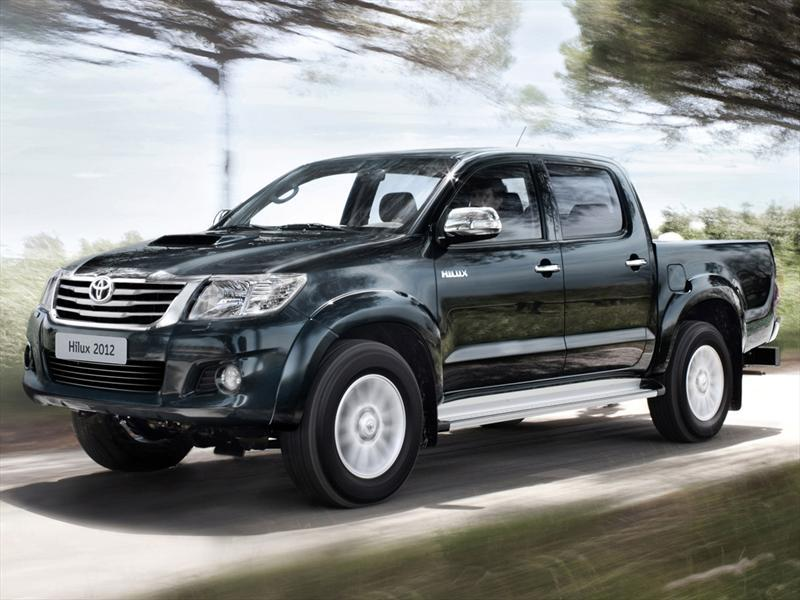 Toyota Hilux 2.7 4x2 SRV DC  (2013)