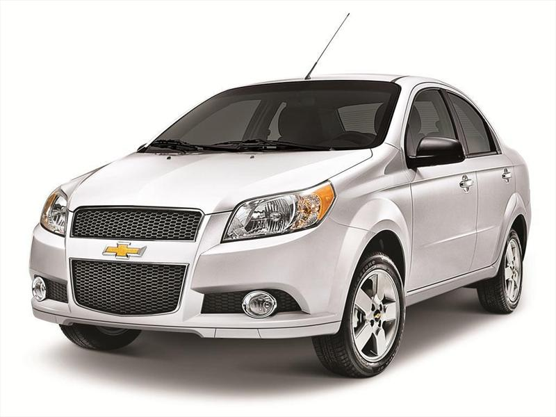 Chevrolet Aveo LT (2013)
