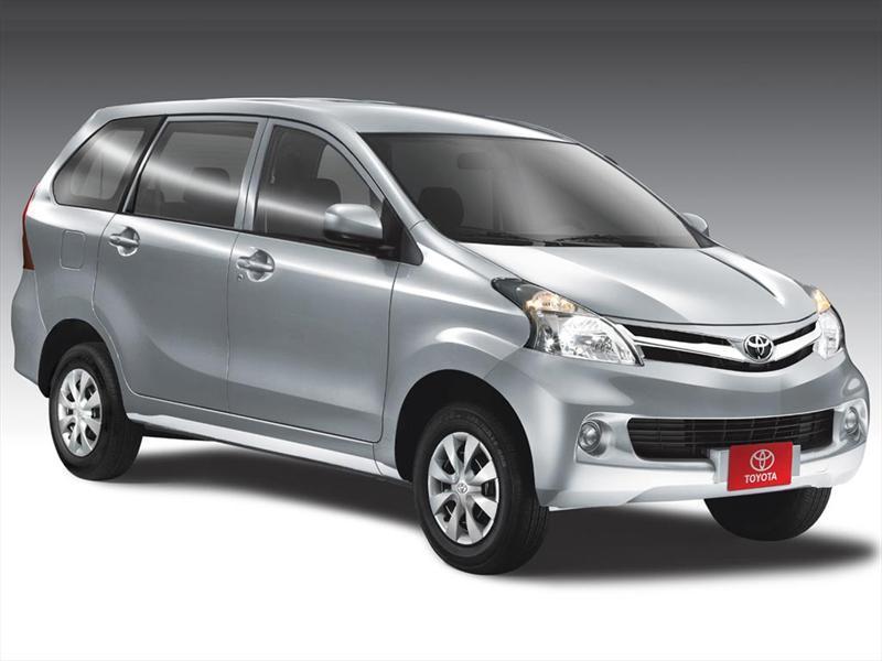 Toyota Avanza Premium (99Hp) (2013)
