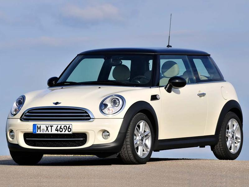 MINI Cooper Pepper Aut (2013)