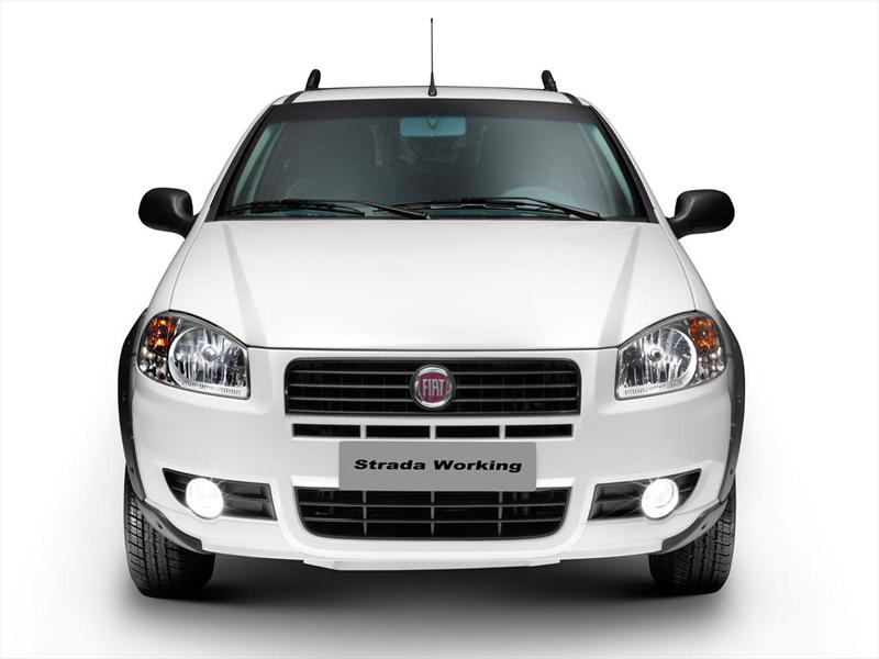 Fiat Strada Working 1.4 Cabina Doble (2014)