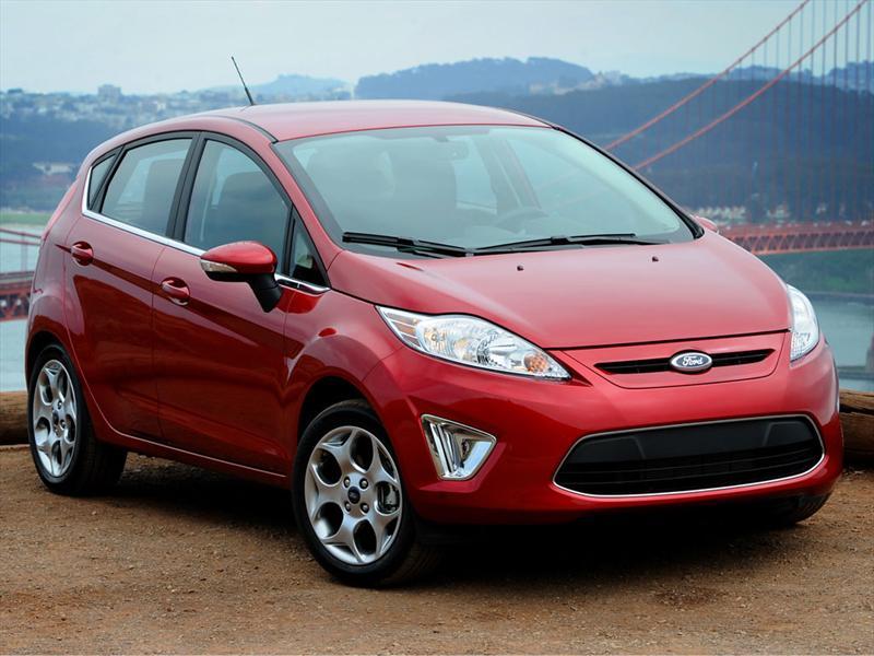 Ford Fiesta Kinetic Titanium  2011