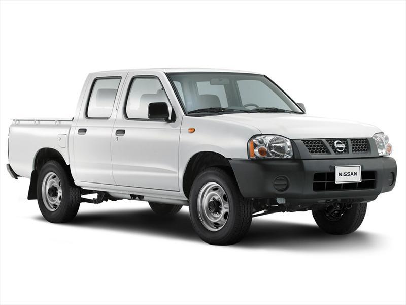 Nissan NP300 2.4L Doble Cabina Lujo (2010)