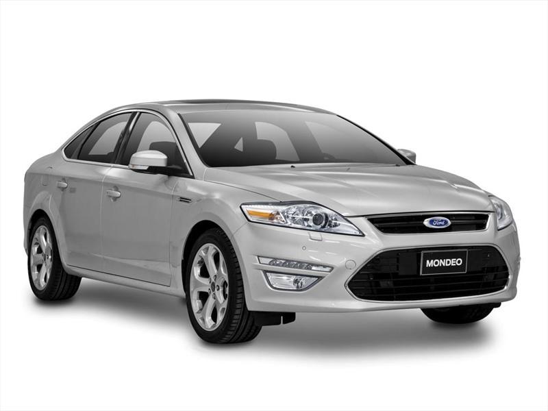 Ford Mondeo Ghia 2.3 Aut (2012)