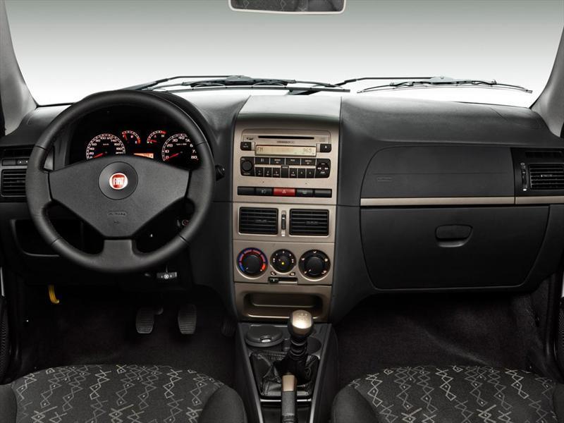 Fiat palio weekend 1 4 trekking 2012 for Fiat palio adventure locker 2011 precio