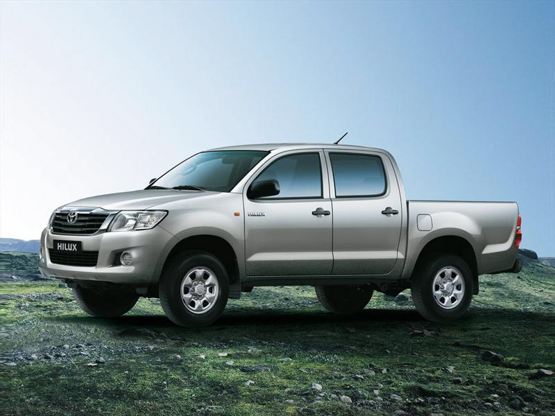Toyota Hilux SRV 2.7L 4x4 Doble Cabina  (2013)