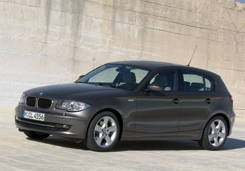 bmw serie 1 130i 3 0l 2013. Black Bedroom Furniture Sets. Home Design Ideas