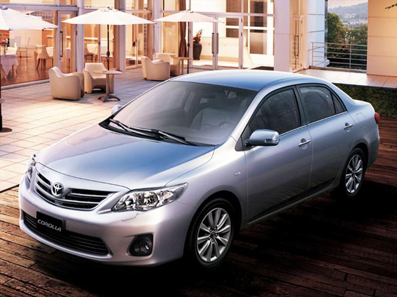 Toyota Corolla 1.8 XEi (2012)