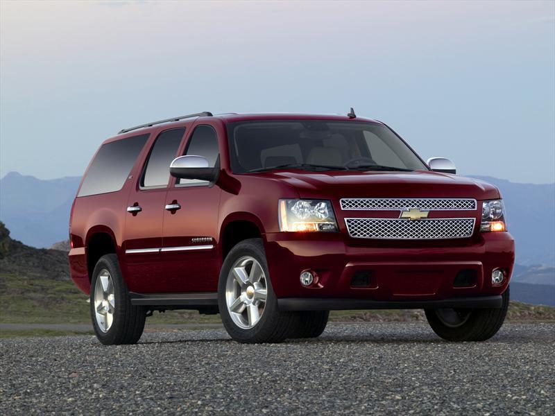 Chevrolet Suburban LT (2013)