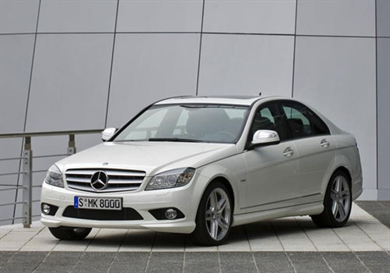 Mercedes benz clase c 180 k 2012 for Plaza mercedes benz service