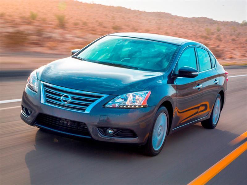 Nissan Sentra Exclusive Aut (2013)