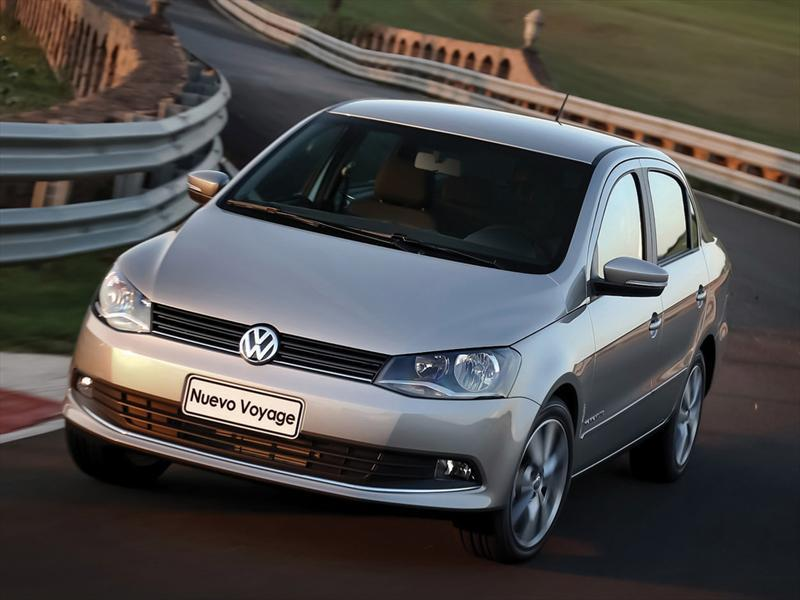 Volkswagen Voyage 1.6 Comfortline Plus  (2013)