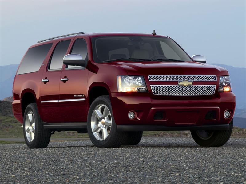 Chevrolet Suburban LT 5.3L 4x4  (2013)