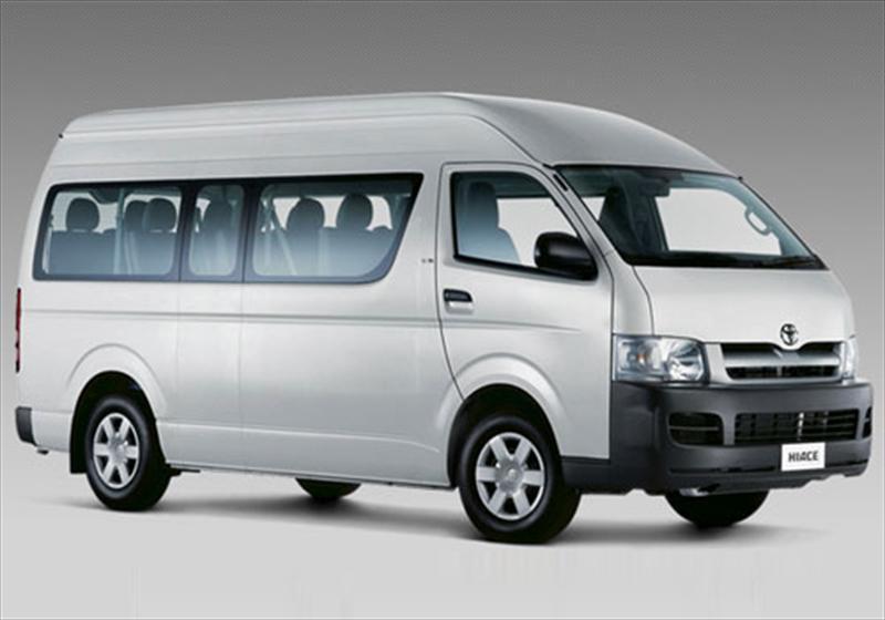 Toyota Hiace Commuter Techo Alto 3.0L (2014)