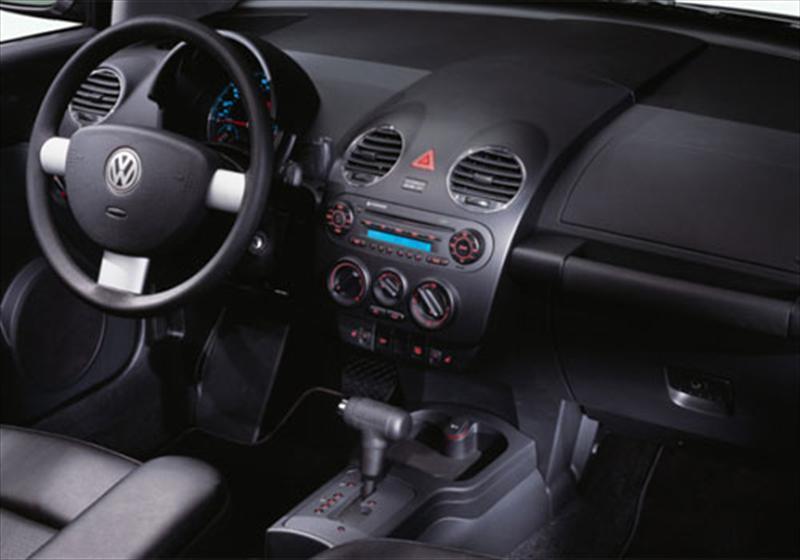 Volkswagen new beetle 1 8 turbo sport cabrio 2012 for 2000 vw cabrio window regulator