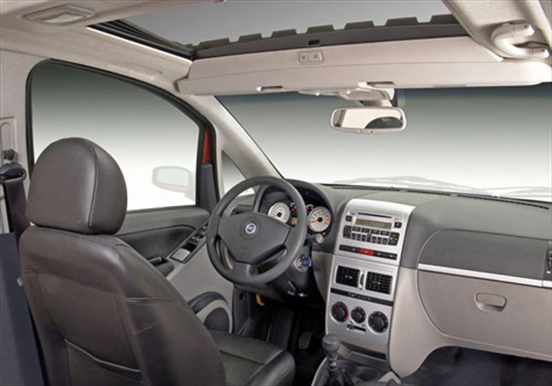 Fiat idea adventure 1 8l 2014 for Paragolpe delantero fiat idea adventure
