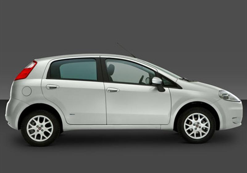 Fiat grande punto 1 8l 2013 for Capacidad baul fiat punto