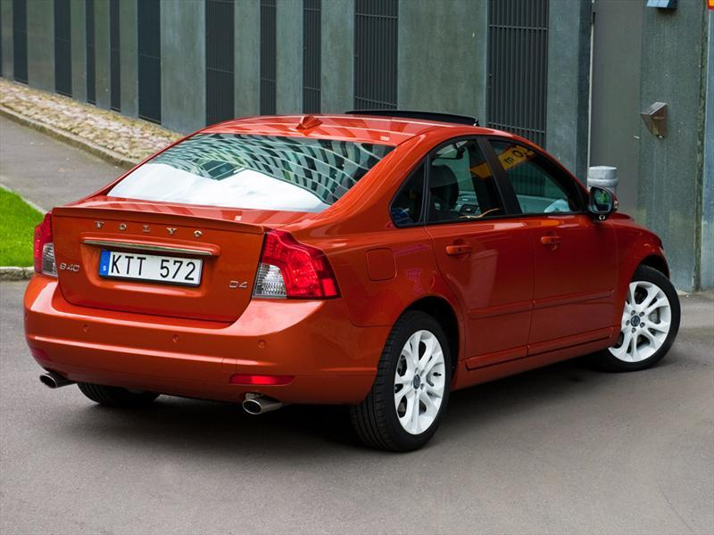 volvo s40 2 0l addition  2013 volvo penta d2-55 owner's manual volvo d2-55 specifications