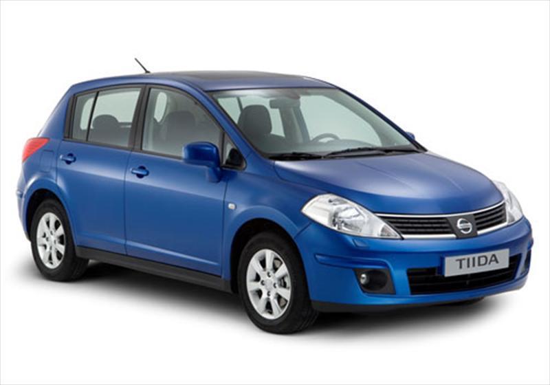 foto Nissan Tiida 1.8L