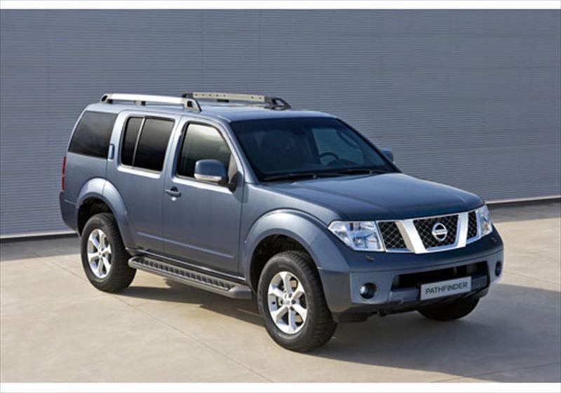 Nissan Pathfinder Le 2 5l Diesel Aut 2013