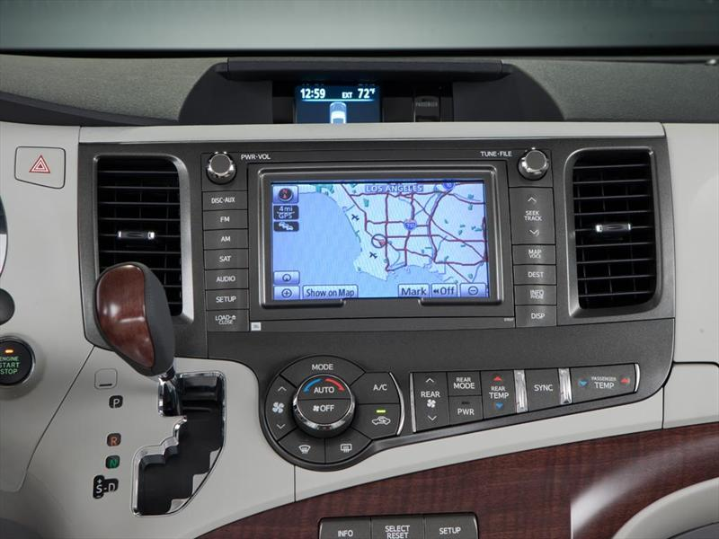 Toyota Sienna Limited 3 5l 2015