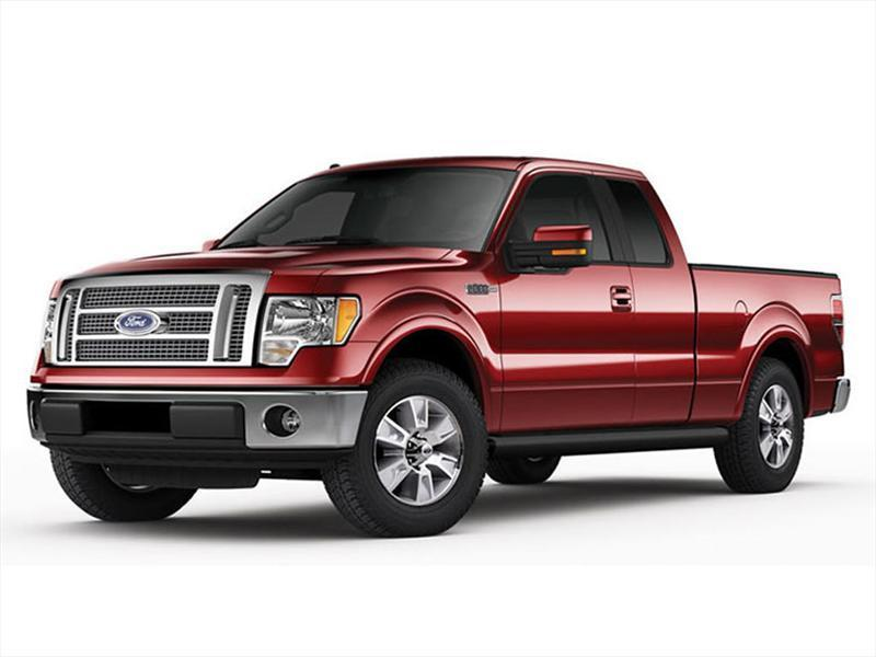 Ford Lobo Lariat 4x2 Cabina y Media (2013)