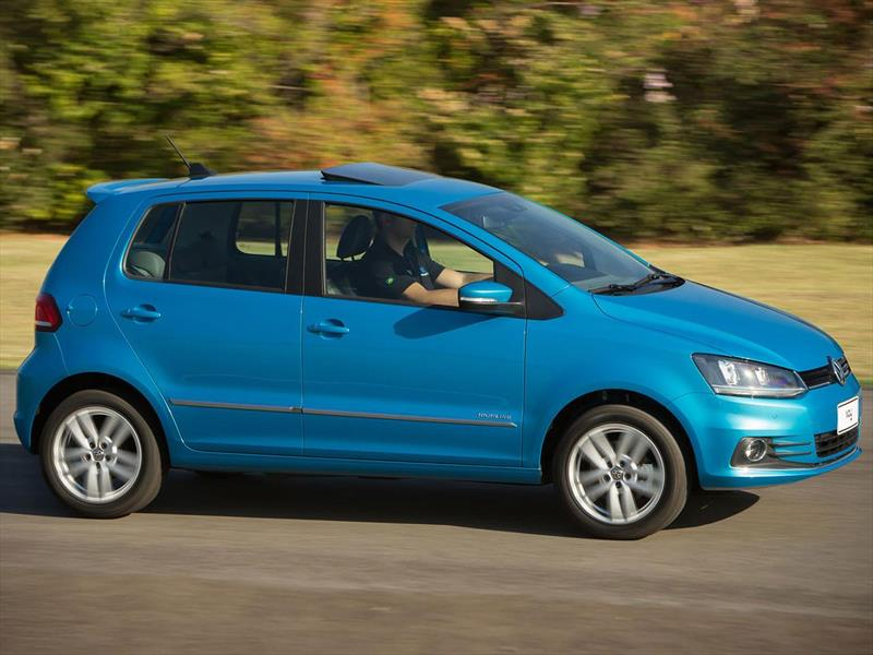 volkswagen fox 5p highline 2015. Black Bedroom Furniture Sets. Home Design Ideas