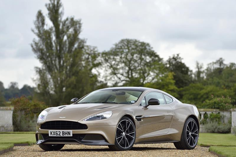 foto Aston Martin Vanquish