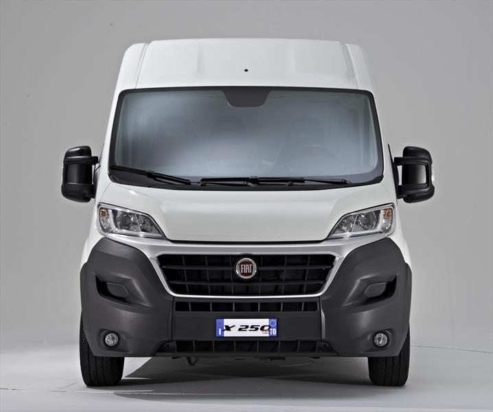 foto Fiat Ducato Cargo Van 2.3L 9.5 nuevo