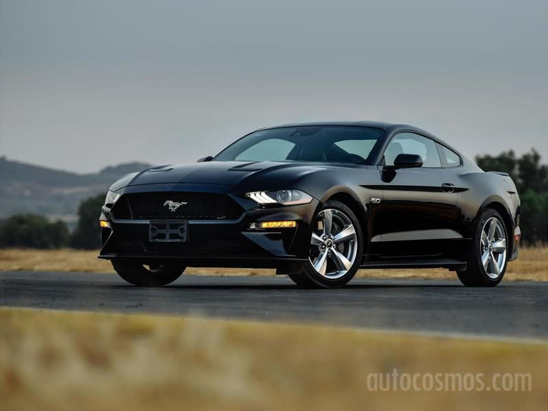 foto Ford Mustang Coupe 2.3L Aut nuevo