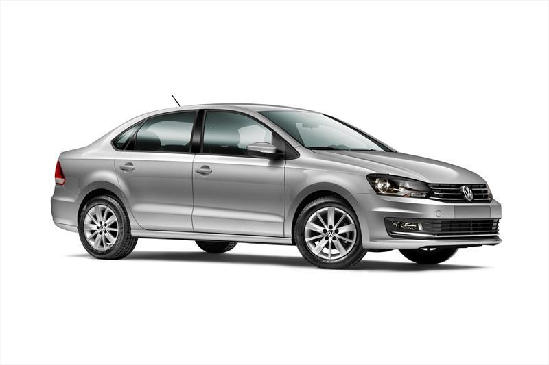 foto Volkswagen Vento financiado en cuotas ( Comfortline ) Enganche $64,608 Mensualidades desde $5,200