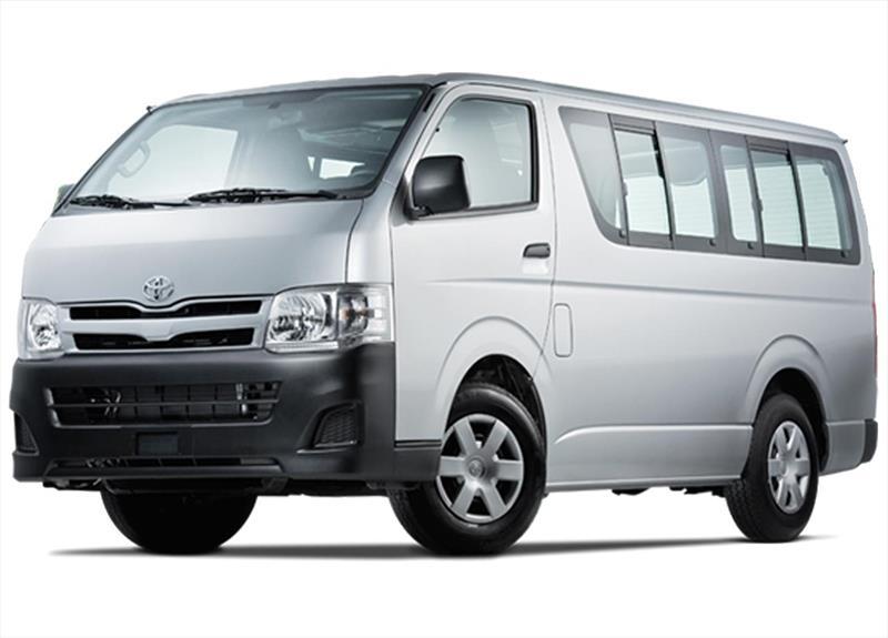 Toyota Hiace Gl 3 0 Commuter 12 Pas 2015