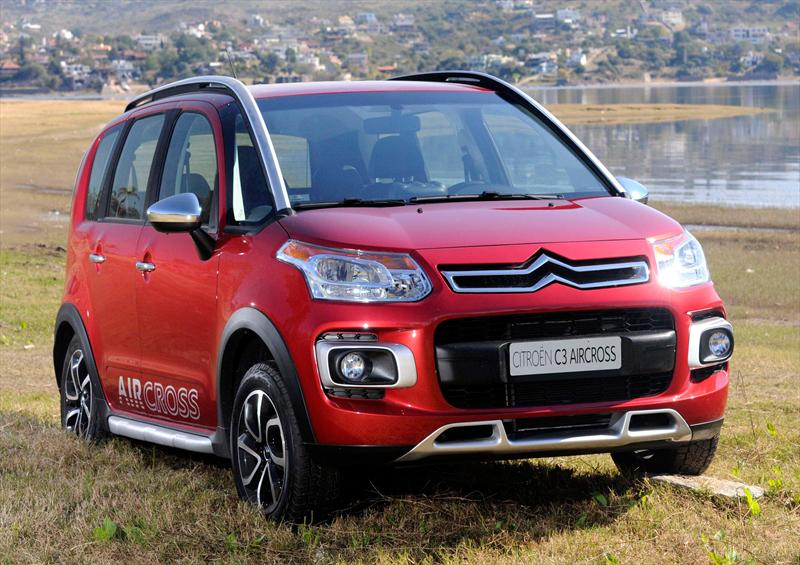 Citroën C3 Aircross 1.6i Exclusive (2013)