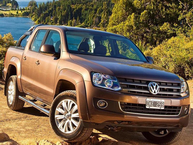 foto Volkswagen Amarok financiado en cuotas ( DC 4x2 Highline Pack (180Cv) ) Anticipo $265.000 Cuotas desde $4.500