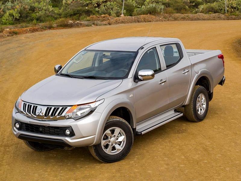 foto Mitsubishi L200 GLS 4x2 Gasolina