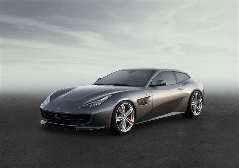 foto Ferrari GTC4LUSSO 6.3L