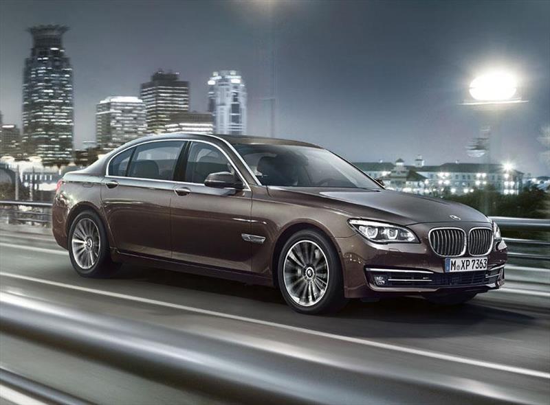 Foto BMW Serie 7 730i 2013