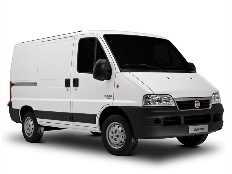 foto Fiat Ducato financiado en cuotas ( Furgon 15 TN 2.3 TDi Multijet ) Anticipo $331.020