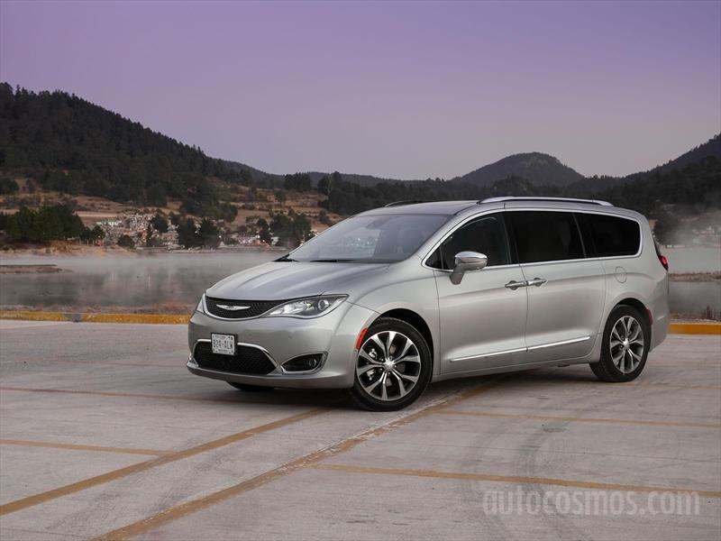 foto Chrysler Pacifica Limited nuevo