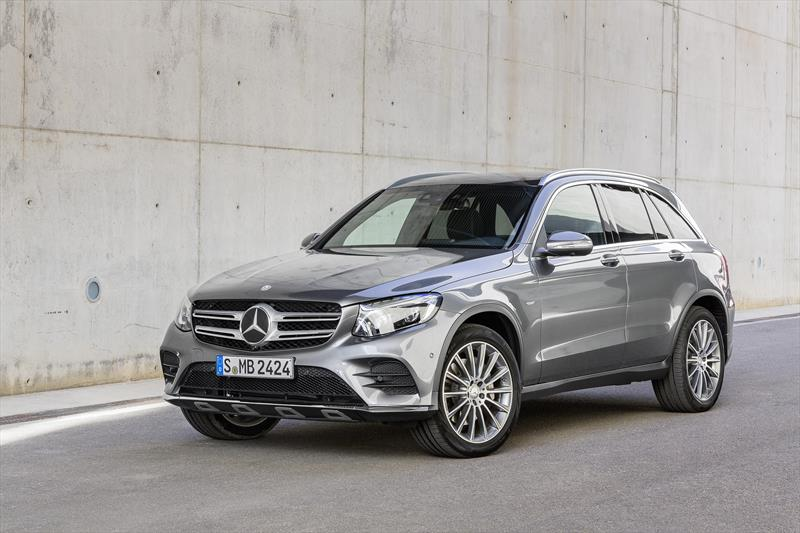 foto Mercedes Benz Clase GLC 300 Sport financiado en mensualidades enganche $140,762 mensualidades desde $14,772