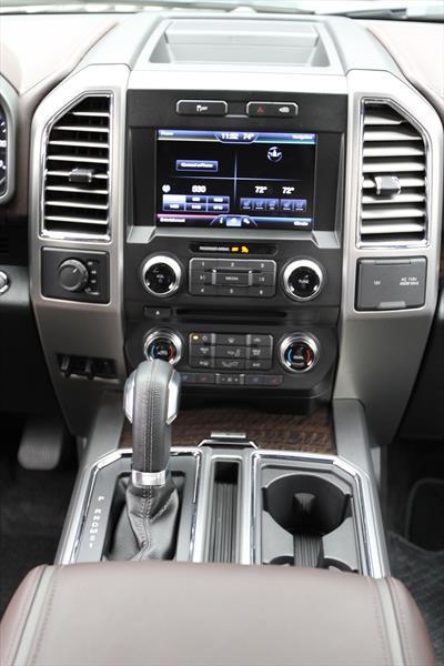 Ford Lobo Doble Cabina Xlt 4x2 V8 2018