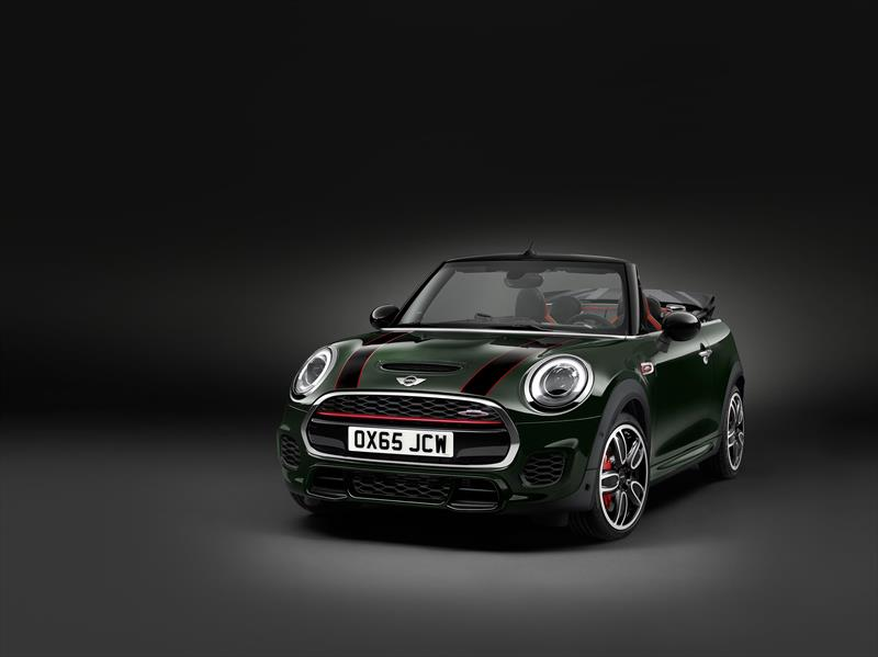 Foto MINI John Cooper Works Convertible Hot Chili Aut nuevo color A eleccion precio $776,000