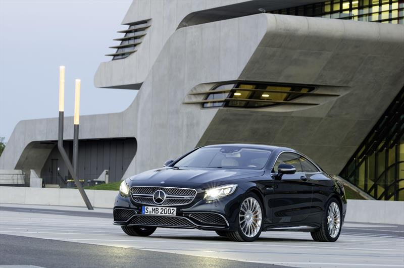 foto Mercedes Benz Clase S Coupe 65 AMG V12 nuevo