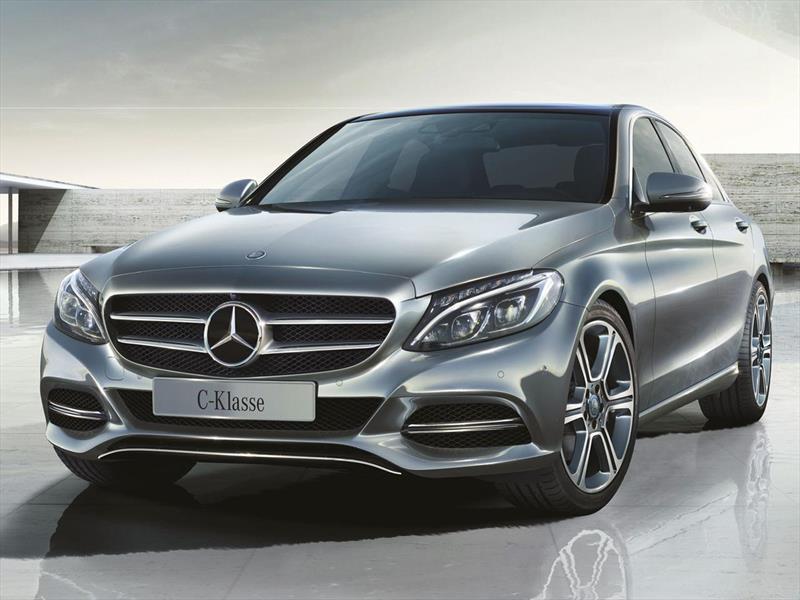 foto Mercedes Benz Clase C financiado en cuotas ( C200 Avantgarde Aut ) Anticipo u$s15.900 Cuotas desde u$s1.391