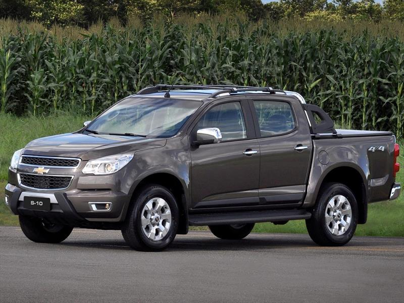 chevrolet s 10 lt 2 8 4x4 cd  2015