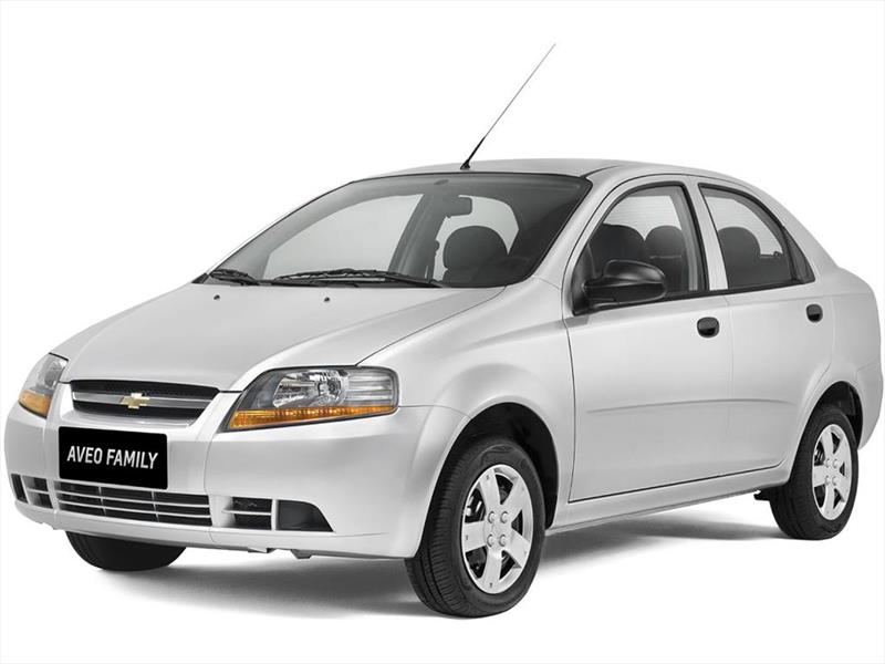 foto Chevrolet Aveo Family 1.5L Std